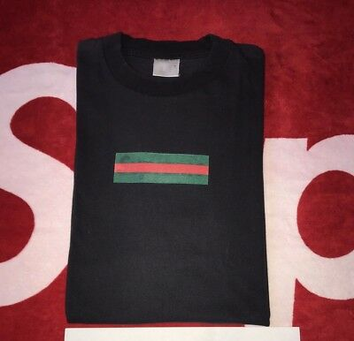 77b19c904 Supreme Gucci box logo t shirt black size Large Mint Condition shibuya  paris Red