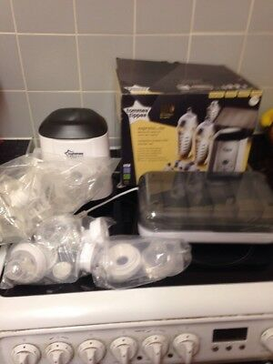 Tommee Tippee Express and Go Complete Starter Kit -  Breast Milk Starter Set