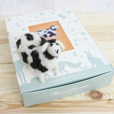 JACOB SHEEP Gift boxed needle felting kit with foam mat & instructions