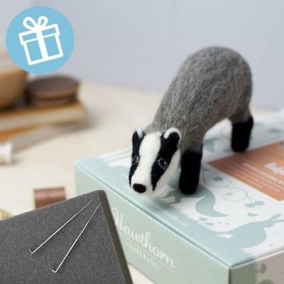 BADGER Gift boxed needle felting kit with foam mat & instructions