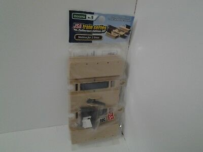 LEC USA Train Series Collectors Edition Diorama #9 Station For 2 Lines NEW