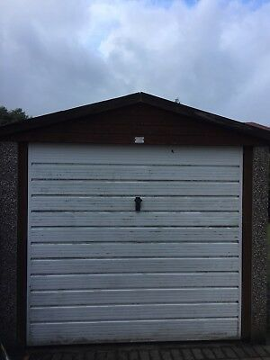 Concrete Sectional Garage (Roof NOT Asbestos) 8ft x 14ft  (2.6m x 4.3m)