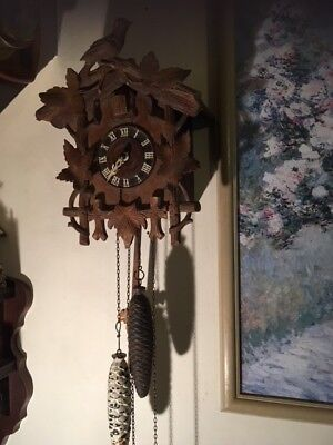 Antique German Black Forest Cuckoo Clock (good working condition)