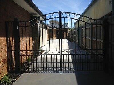 Driveway Gates Aluminium Elite Classic Satin Black Or Primrose Gloss