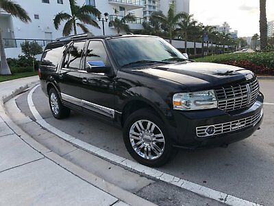 2010 Lincoln Navigator  2010 Lincoln Navigator Black SUV 3rd Row Leather Back Up Camera Heat /Cold Seats