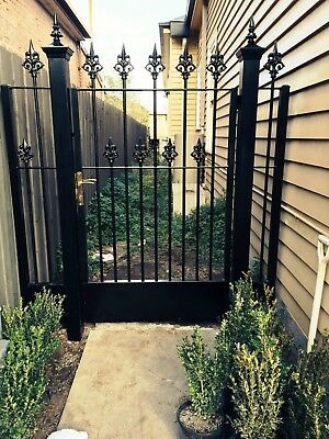 Steel Gate Elysee Design