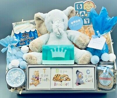Baby Shower Mum-to-Be New Mummy Baby Boy Mini Pamper Hamper Candle Gift Box
