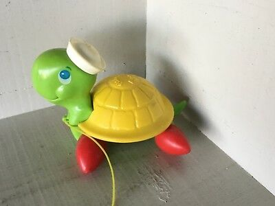 Vintage Fisher-Price Turtle Sailor Pull Toy 1977 / schilpad