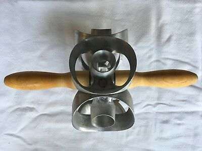 """Vintage Houpt Cutters 3"""" Bakery Wheel Round Donut Commercial Rolling 6 Hole"""