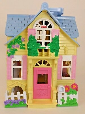 Fisher Price Loving Family Sweet Streets vintage Cottage Doll House Mattel 2000