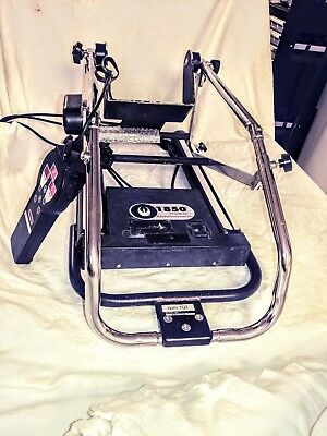Knee exercise machine. Furniss 1850 Phoenix Knee CPM is used primarily the Knee.