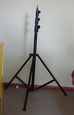 Manfrotto 004BAC heavy duty light stand for photography video (up to 9kg load)