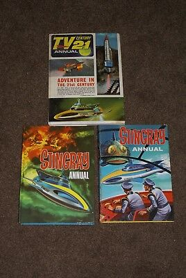 Vintage Original Tv 21 Comic Annual Xl5 Plus Two Stingray Annuals Gerry Anderson