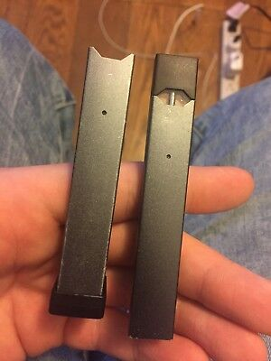Juul w/ Charger used but in working condition