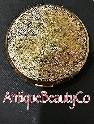 Vintage Stratton Goldtone Compact with symmetrical design on Lid