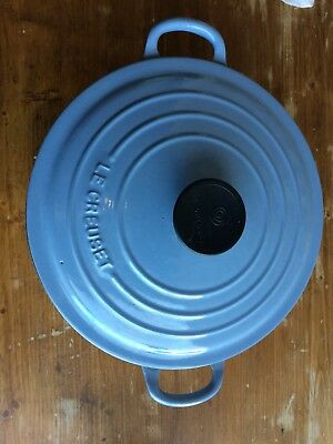 "VINTAGE Le CREUSET #24 FRENCH BLUE 9.5"" CAST IRON 4.5 qt DUTCH OVEN POT with LID"