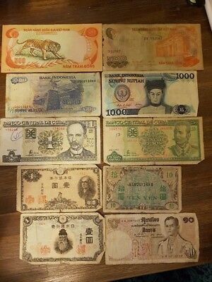 WORLDWIDE BANK NOTES - Ten in Total - Various Regions & Conditions