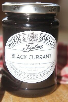 **WILKIN & SONS LTD** Tiptree Black Currant Extra Jam 340g Jar