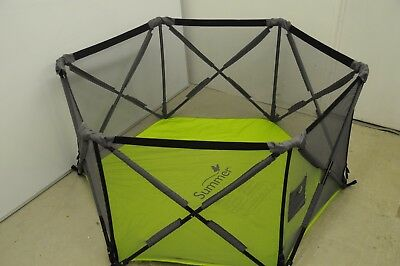 Summer Infant pop up Pon N Play play pen, excellent condition, hardly used