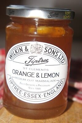 **WILKIN & SONS LTD** Tiptree Orange & Lemon Medium Cut Marmalade 340g Jar