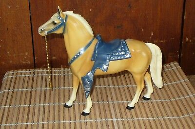 Vintage Hartland Model Horse Western Palomino   Cream Mane and Tail