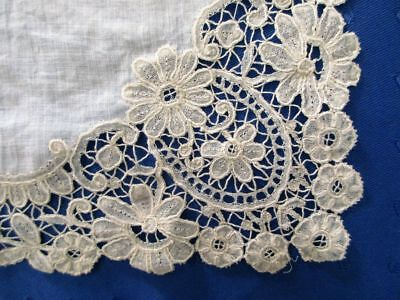 Superb Antique Hand Made Linen Hanky With Brussels Duchesse Lace Edge~12 1/2""