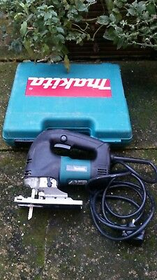 Mikita 4340FCT jigsaw 240V with sturdy case