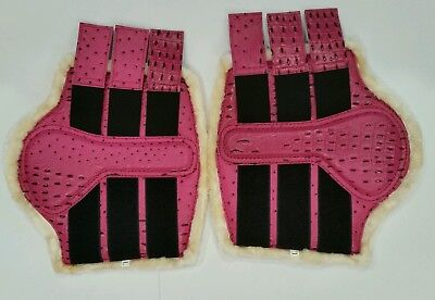 Brushing Boots Ostrich Print Pink