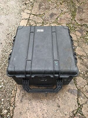 Peli pelican storm  case 1640 protector with foam direct from the mod