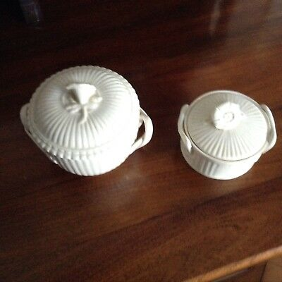 2x Leedsware Creamware small pots with flower Lid And  handles