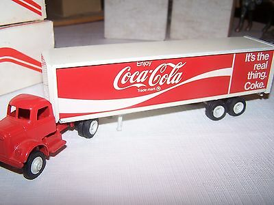Vintage Collectible Coca Cola Tractor-Trailer By Winross