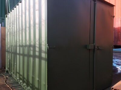 """12'x8'x8'6"""" ex Shipping Container with lock box £950"""