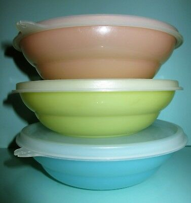3 x Tupperware Vintage Tupperware Cereal Bowls with Lids