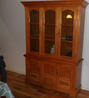 China Cabinet Good Condition