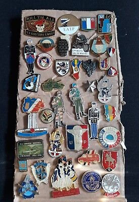 Lot pin's militaire