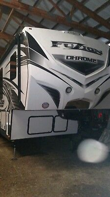 2015 Keystone Fuzion 401 Chrome 5th Wheel Toy Hauler Camper
