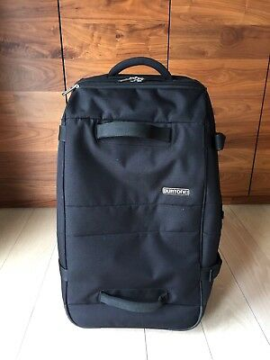 8a4a2f0ae6 BURTON WHEELIE SUB Travel Bag (Blk)