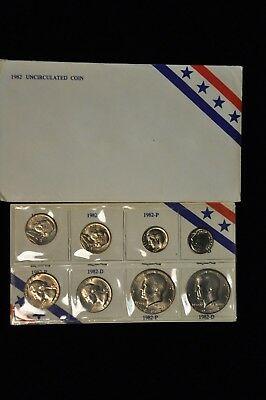 1982 Uncirculated Coin Set /M33