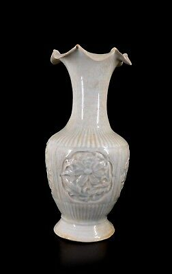 Antique Chinese Rare Qingbai flower motif Meiping Vase, Song Dynasty