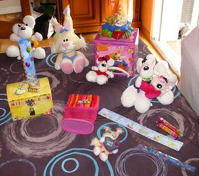 DIDDL Grand lot peluches, accessoires, tirelires ect...