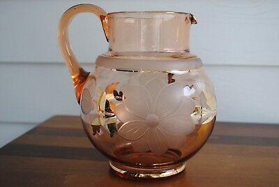 RETRO PINK GLASS BULBOUS JUG WITH GOLD TRIM & FLORAL ETCHING 2 litre capacity