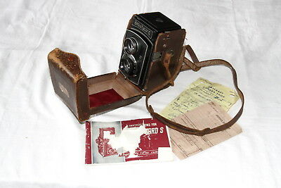Japanese TLR Beautycord S camera and case