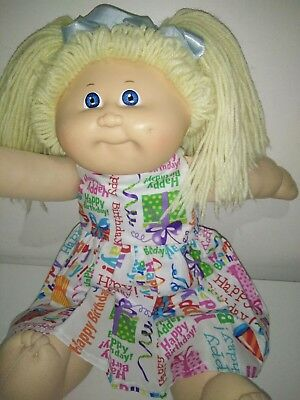 Vintage 1984 Cabbage Patch Kid Doll 42cm Yellow Wool Hair.