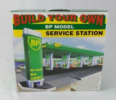 Build Your Own Toy BP Model Service Station Kit Sealed Easy Toy Set