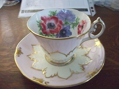 Paragon Tea Cup and Saucer - Pink / Quilted Cream and Gold Trim - Floral - Mint
