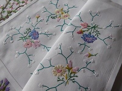 Vintage Hand Embroidered Tray Cloth - Beautiful  Embroidery- So Delicate