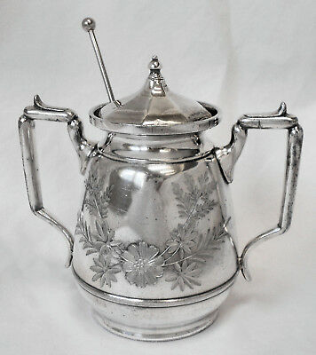 LOVELY Atq MERIDEN USA 1800 Qdpl Slv Plate Chased Floral Sugar Bowl wSpoon &Lid