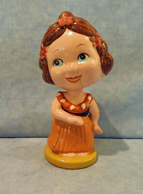 Vintage Bobble Head Nodder Hawaii Hula Girl Likely Made In Japan As Is