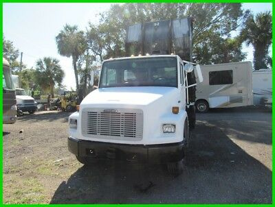 1999 Freightliner FL70 ROLL OFF TRUCK 2 CONTAINERS Used