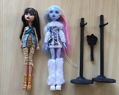 Monster high dolls original Cleo De Nile and Abbey Bomimable excellent condition